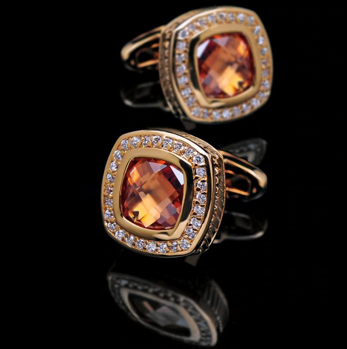 18k Gold Cufflinks Set With Zircon Crystal from Gentlemansguru.com