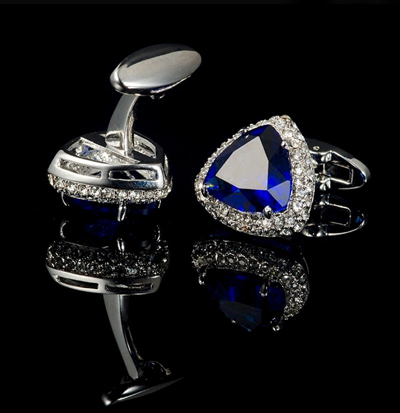 Luxury-Sapphire-Blue-Cufflinks-from-Gentlemansguru