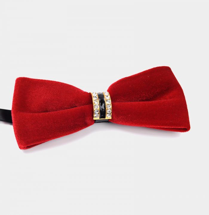 Mens-Red-Velvet-Bow-Tie-from-Gentlemansguru.com