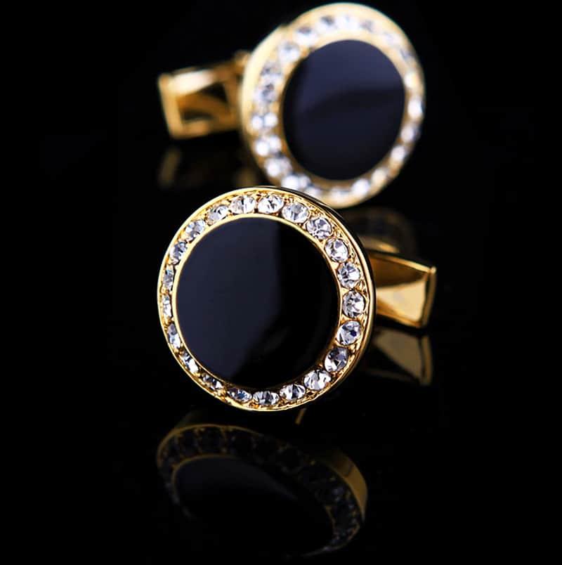 Black And Gold onyx Cufflinks Set from Gentlemansguru.com