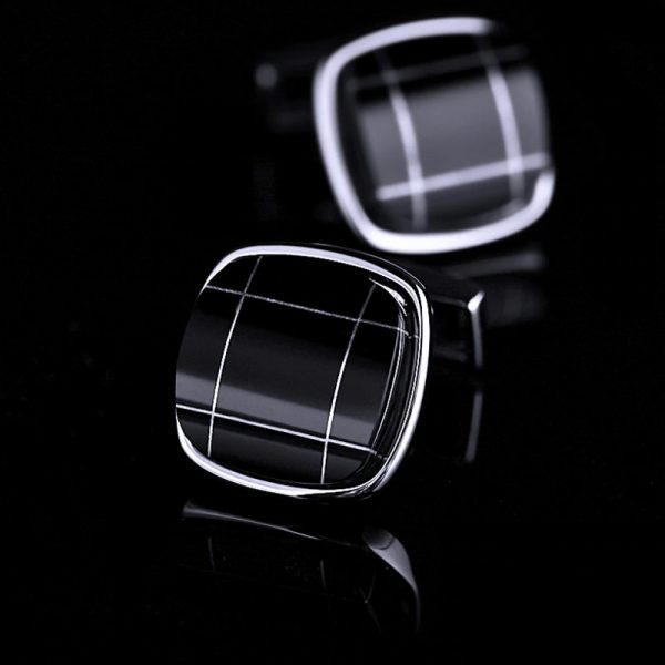 Mens Black Plaid Cufflinks from Gentlemansguru.com