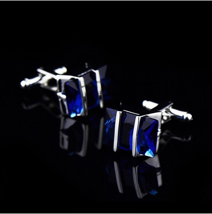 Cornflower Blue Sapphire Cufflinks Set from Gentlemansguru.com