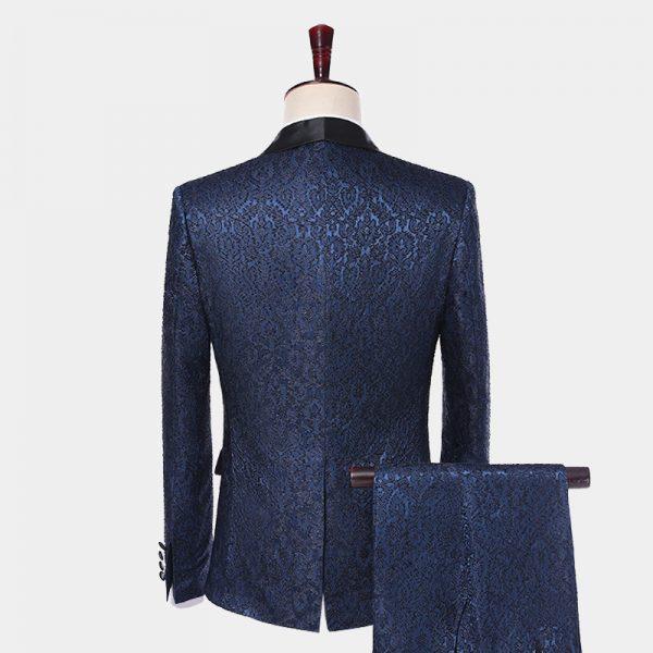 Navy Blue Wedding Suit For Grooms and Groomsmen from Gentlemansguru.com