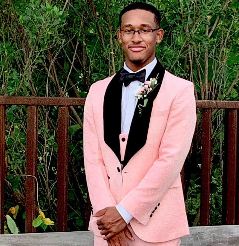 Customer-Gallery-Prom-Outfit-Ligh-Pink-Tuxedo-from-Gentlemansguru.com