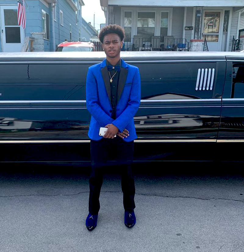 Customer-Gallery-Prom-Royal-Blue-Floral-Tuxedo-Jacket--from-Gentlemansguru.com
