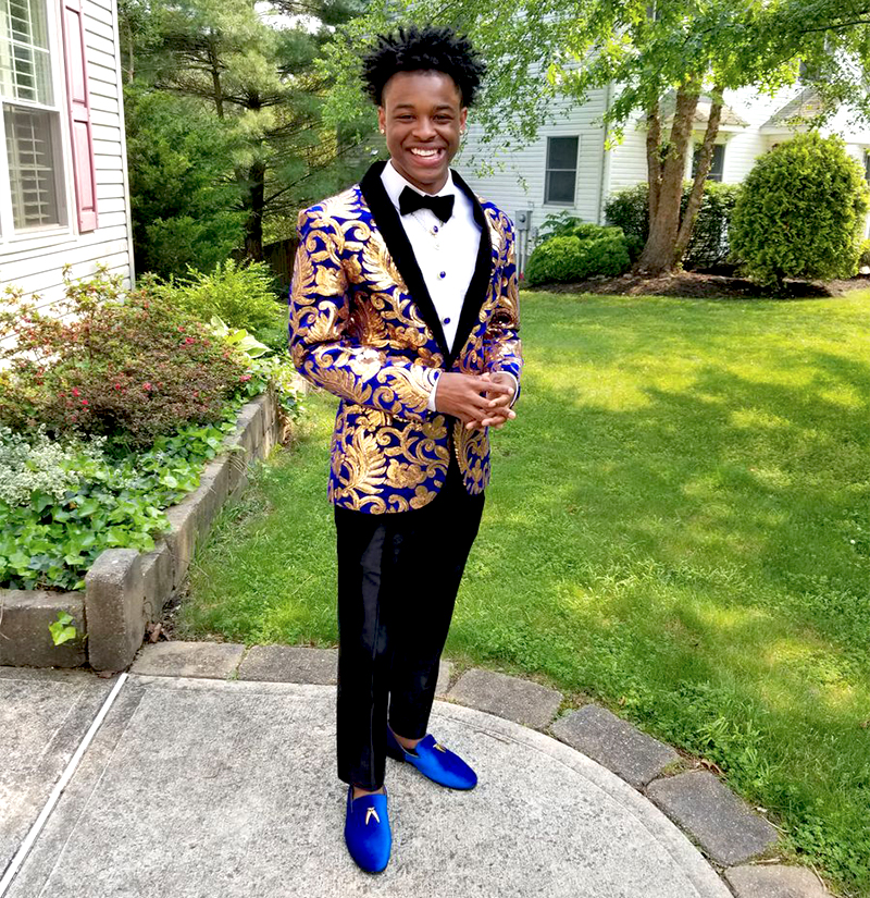 Customer-Gallery-Royal-Blue-Floral-Tuxedo-Jacket-Prom-from-Gentlemansguru.com