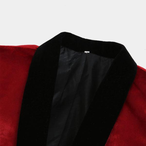 Mens-Red-Velvet-Tuxedo-Jacket-from-Gentlemansguru.com