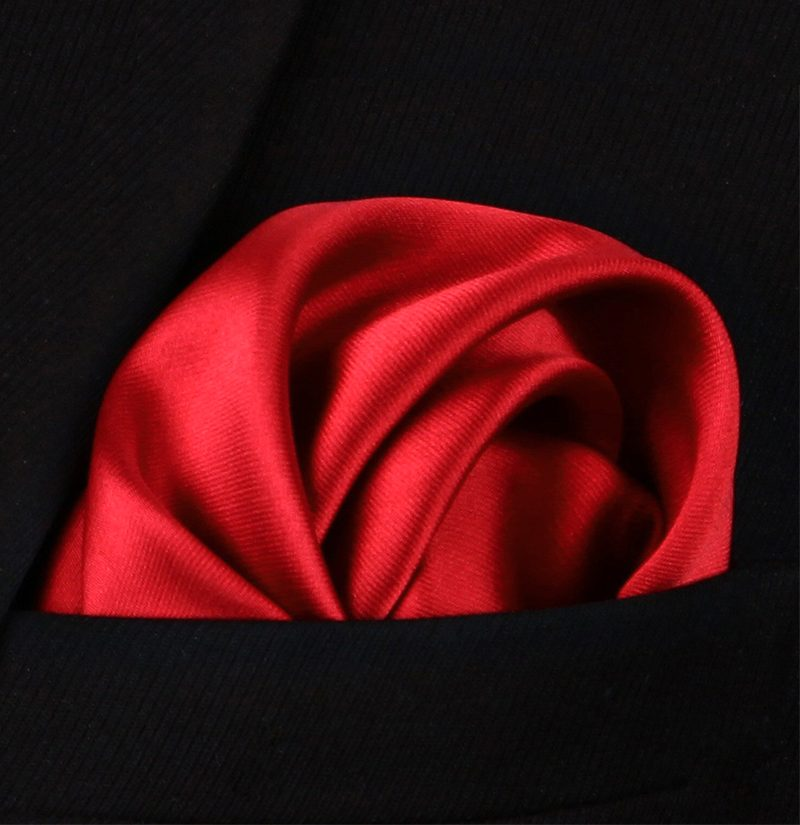 Suit-Red-Silk-Pocket-Square-Hankerchief-from-Gentlemansguru.com