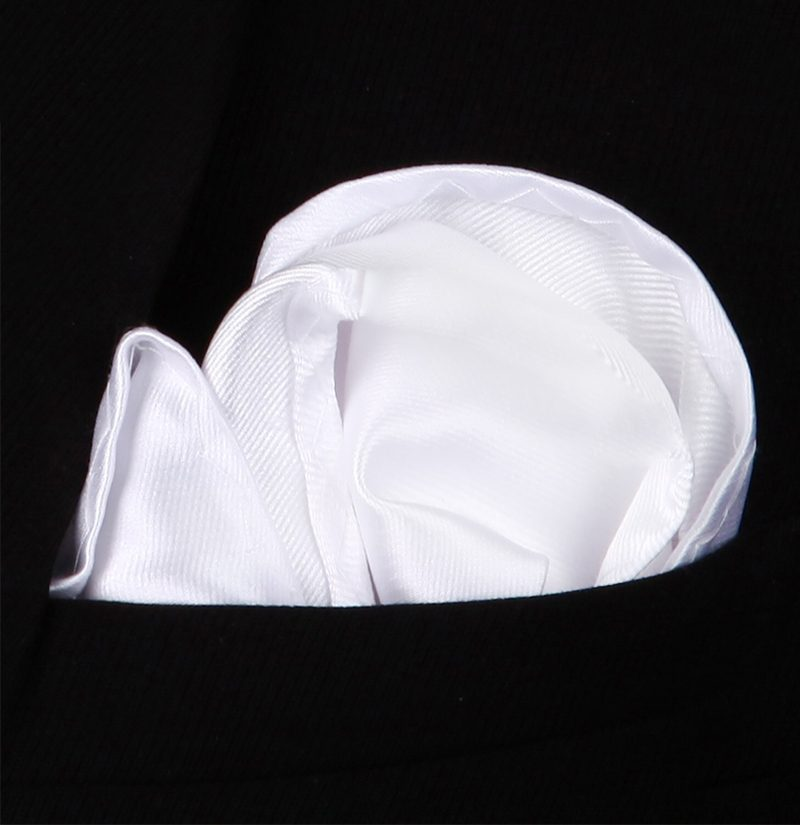 Suit-White-Silk-Pocket-Square-Hankerchief-from-Gentlemansguru.com