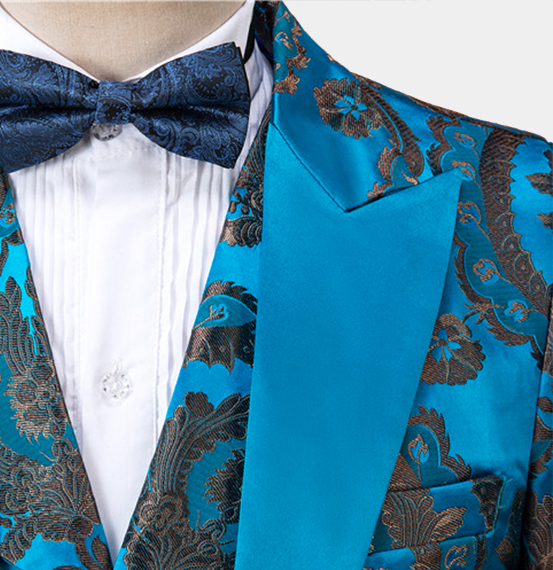 Baby-Blue-Wedding-Tuxedo-Grooms-Suit-from-Gentlemansguru.com
