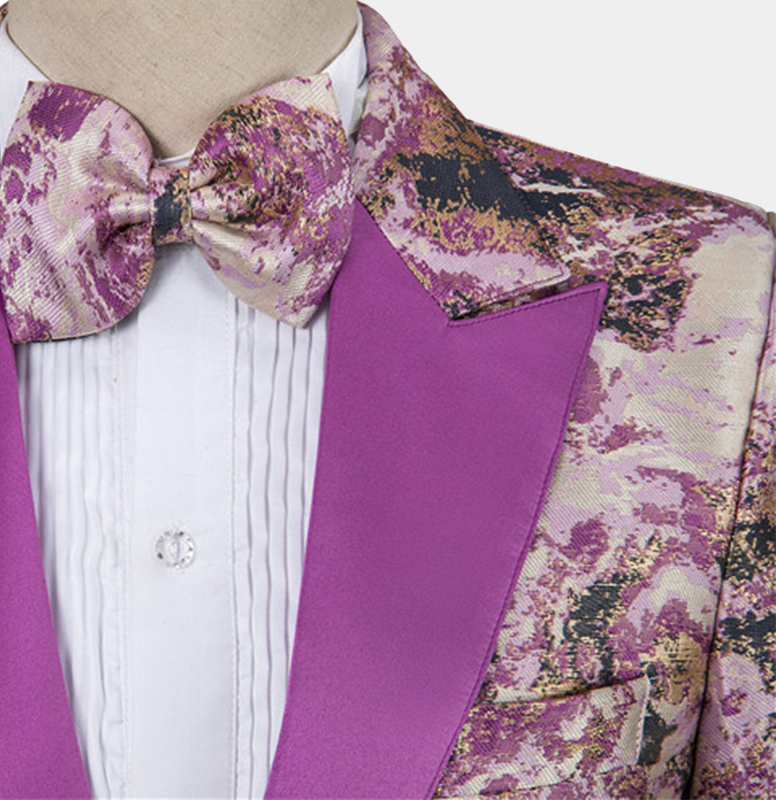 Purple-Wedding-Tuxedo-Grooms-Suit-from-Gentlemansguru.com