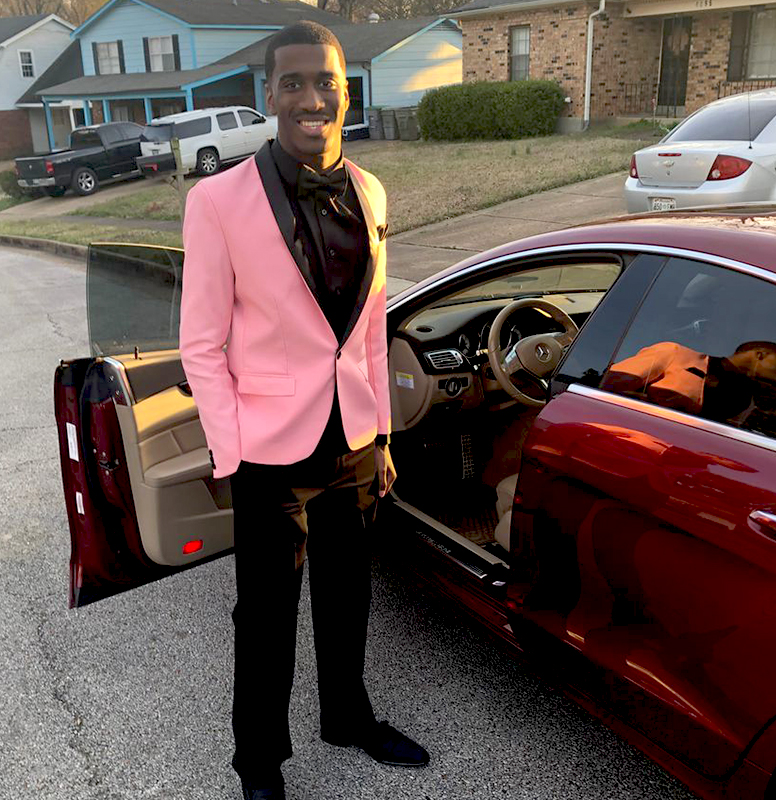 Customer-Review-Prom-Pink-Tuxedo-Suits-from-Gentlemansguru.com