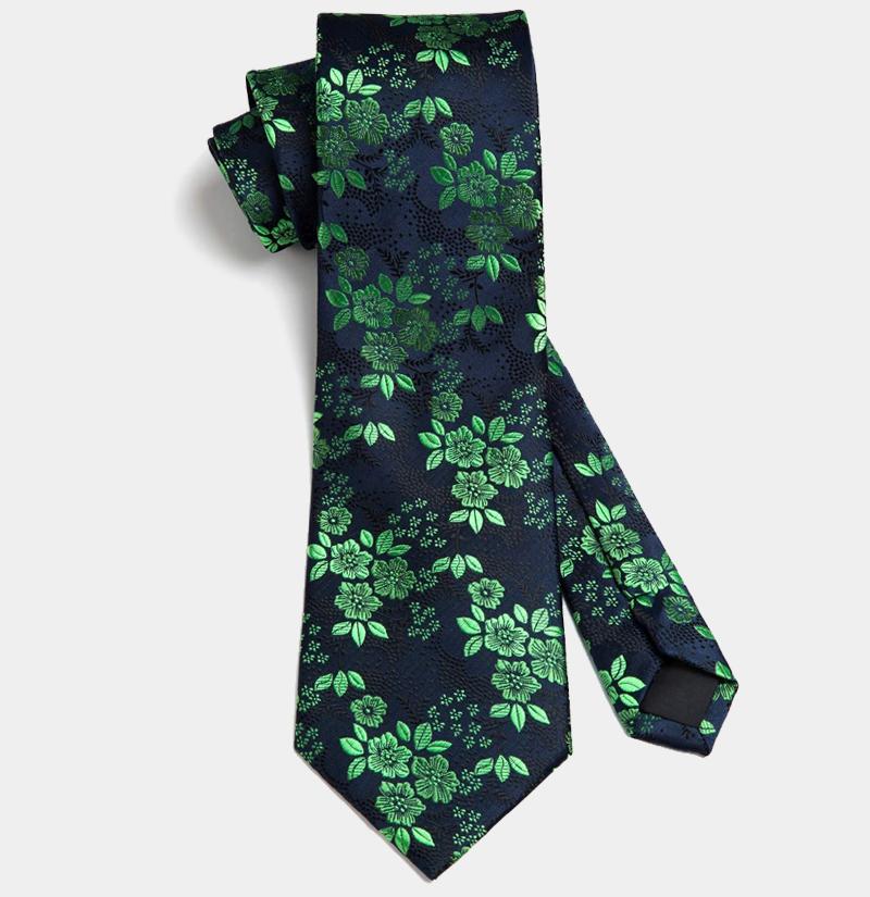 Green-and-Black-Tie-Set-from-Gentlemansguru.com