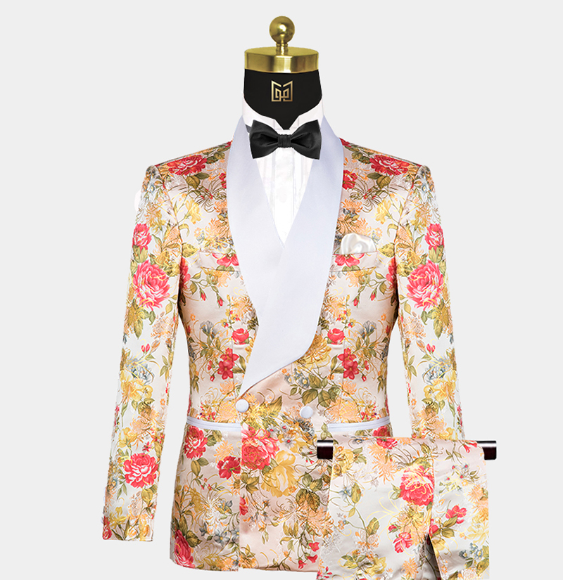 Mens-Peach-Tuxedo-Wedding-Prom-Suit-from-Gentlemansguru.com