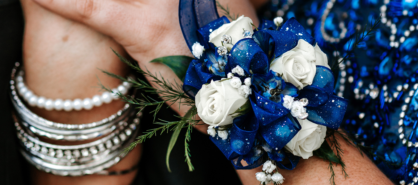 Prom-Corsage-Flowers-Blog-from-Gentlemansguru.com