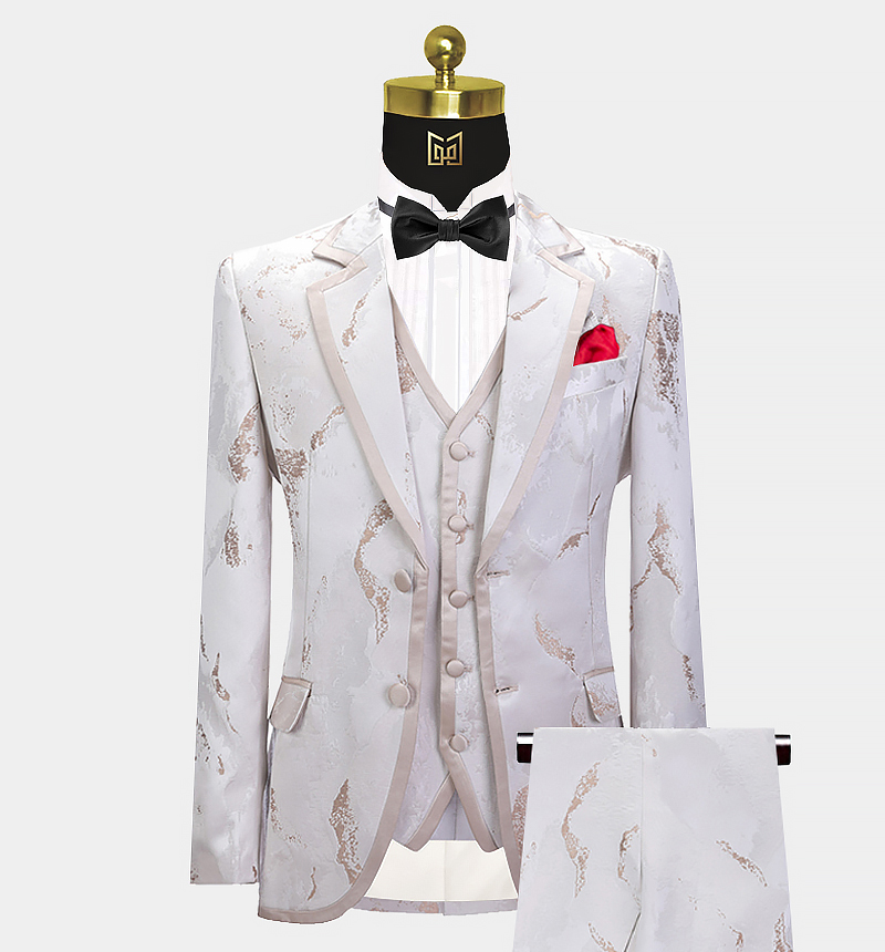 Rose-Gold-Tuxedo-Wedding-Suit)for-Prom-from-Gentlemansguru.com