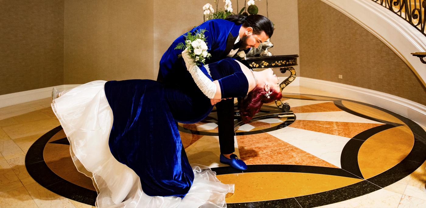 Mens-Blue-Wedding-Suits-Grooms-Tuxedos-Banner-From-Gentlemansguru.com