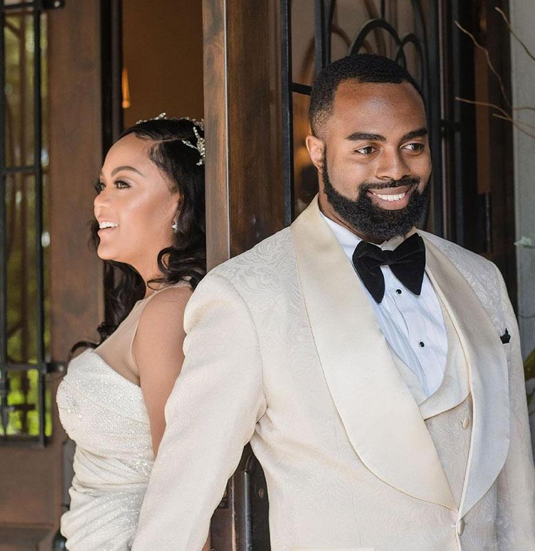 Customer-Gallery-Champagnbe-Wedding-Suit-Grooms-Tuxedo-from-Gentlemansguru.com