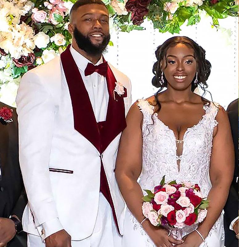 Customer-Gallery-White-Burgundy-Wedding-Groom-Suit-from-Gentlemansguru.com